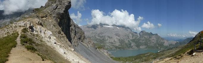 Panorama über den Lac de Salanfe zum Dent du Midi