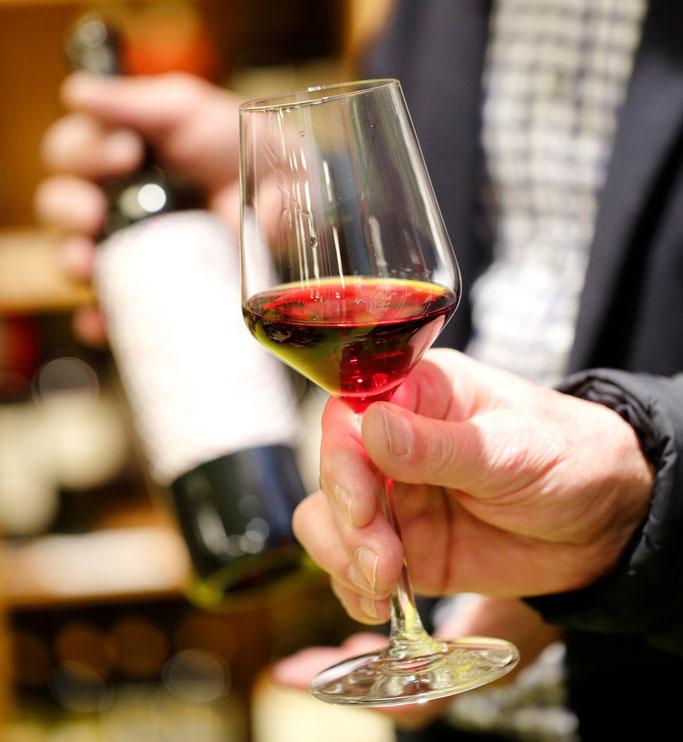 Bio-Käse und Wein bei natur pur Herborn