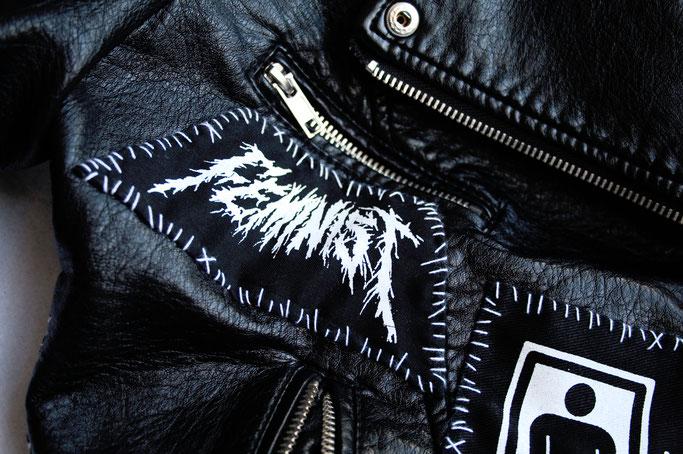 Wo ich politische Aufnäher kaufe - Black Metal Feminist von RetirementFund - Zebraspider DIY Anti-Fashion Blog