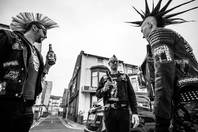 Rebellion Festival 2018 und Nietenjacke - Mohawk Punks - Zebraspider DIY Anti-Fashion Blog