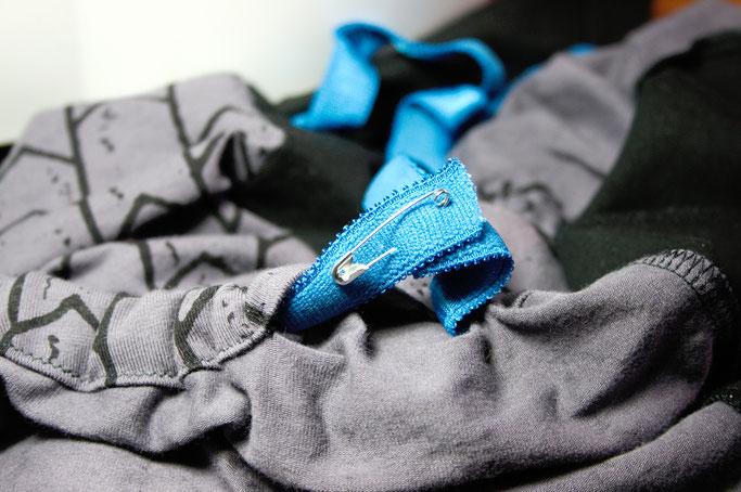 Citrus Leggings Schnittmuster getestet - Gummiband einziehen - Zebraspider DIY Anti-Fashion Blog
