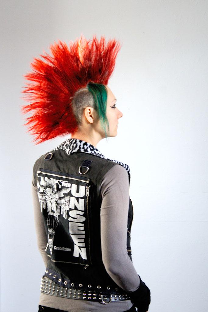 Versöhnung mit (m)einer Haarfarbe - Iro und Weste - Zebraspider DIY Anti-Fashion Blog