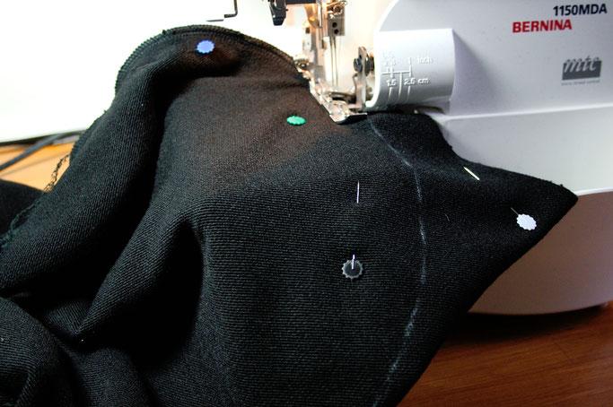 Schnell genähte Strickjacke - Kapuze nähen - Zebraspider DIY Anti-Fashion Blog