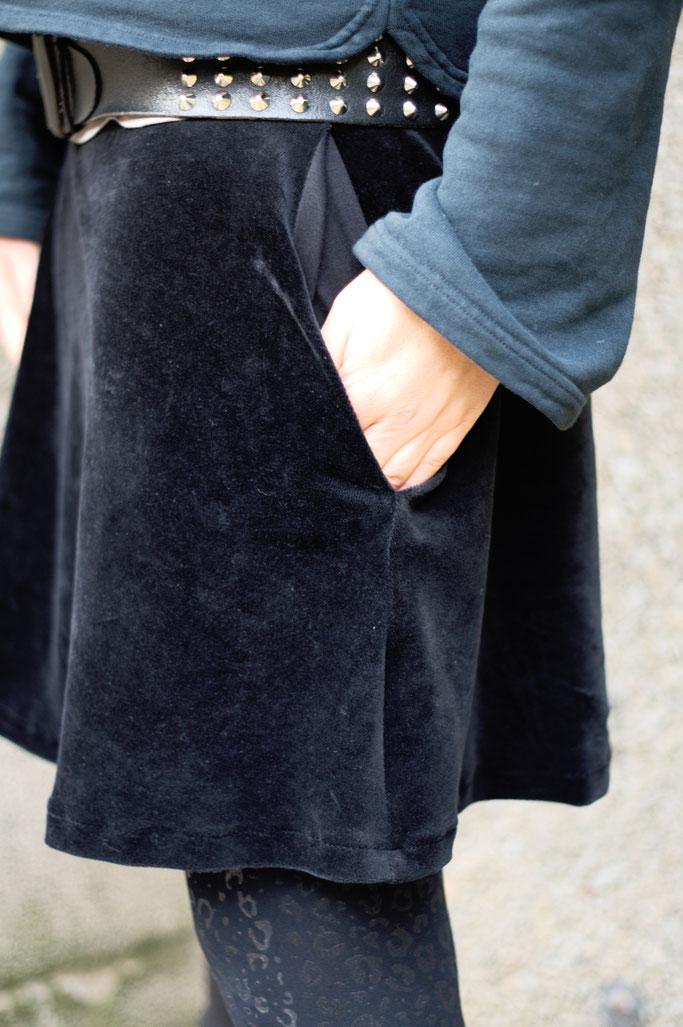 Meine Art des Feminismus und ein Rock - große Nahttaschen - Zebraspider DIY Anti-Fashion Blog