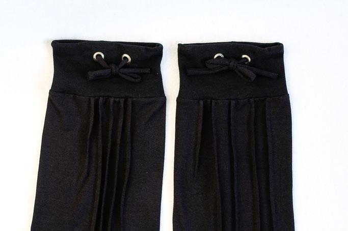 Neue Beinstulpen hoch drei - Biesen-Stulpen Prototyp Versionen - Zebraspider DIY Anti-Fashion Blog