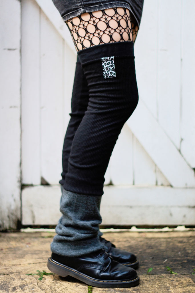 Die neuen Beinstulpen sind da! - Black & Grey Leopard - Zebraspider DIY Anti-Fashion Blog