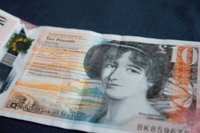 Ein paar Stunden in Glasgow - Mary Somerville auf der £10 Note - Zebraspider DIY Anti-Fashion Blog