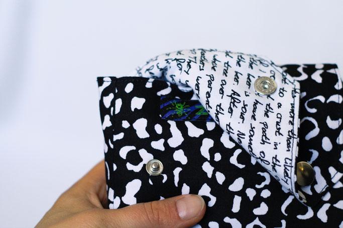4 Aufträge und eine eigene Gürteltasche - Leopardenmuster und Schrift  - Zebraspider DIY Anti-Fashion Blog