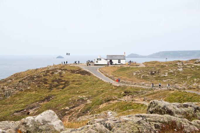 Zum Urlaub nach Cornwall - Land's End First and Last House - Zebraspider DIY Anti-Fashion Blog