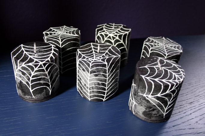 Warum ein werbefreier Blog - bemalte Spinnennetz-Kerzen - Zebraspider DIY Anti-Fashion Blog