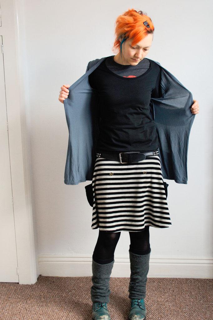 Arbeitsoutfit im englischen Sommer - Cardigan und Langarm-Shirt - Zebraspider DIY Anti-Fashion Blog