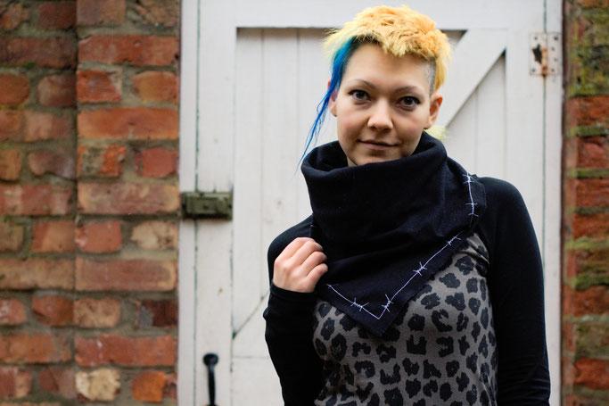 Neuigkeiten von der Kollektion und mehr! - Stacheldraht Halstuch - Zebraspider DIY Anti-Fashion Blog