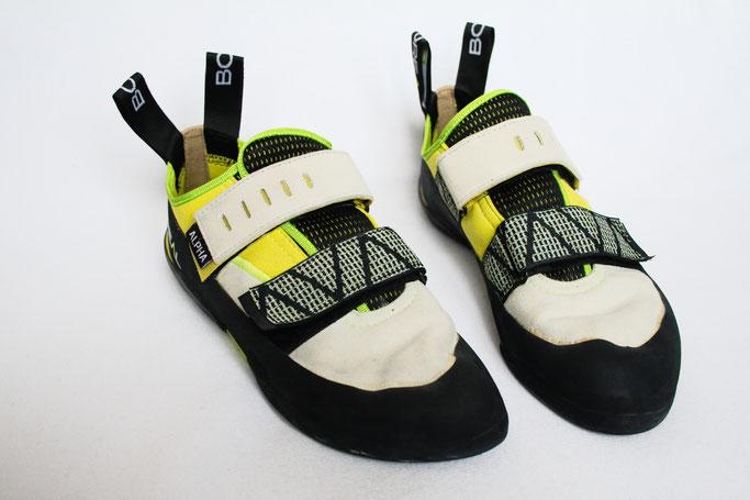 Was tun mit hässlichen Sportschuhen? - Kletterschuhe vorher - Zebraspider DIY Anti-Fashion Blog