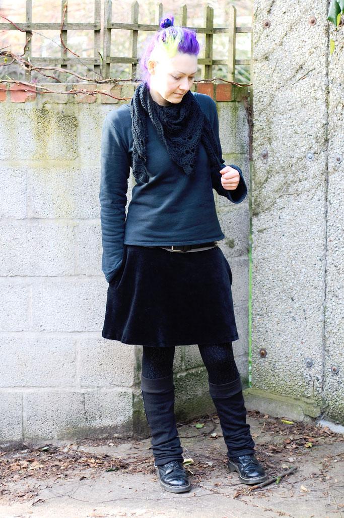Meine Art des Feminismus und ein Rock - Outfit selbst genäht und 80% bio- Zebraspider DIY Anti-Fashion Blog