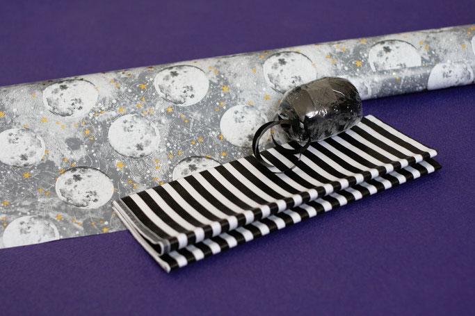 Halloween Wichteln - Geschenkpapier Vollmond und Streifen - Zebraspider DIY Anti-Fashion Blog