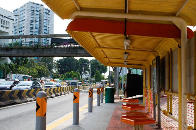 Genähte Kleinigkeit und große Reise - Bushaltestelle in Singapur - Zebraspider DIY Anti-Fashion Blog