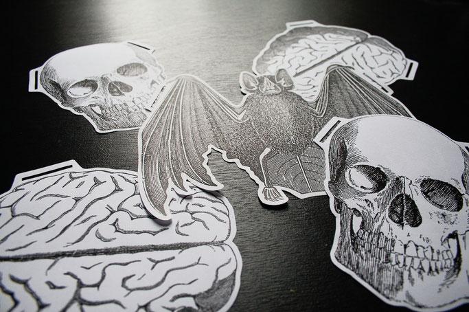 Halloween Papiergirlande - Totenkopf, Gerhirn und Fledermaus - Zebraspider DIY Blog
