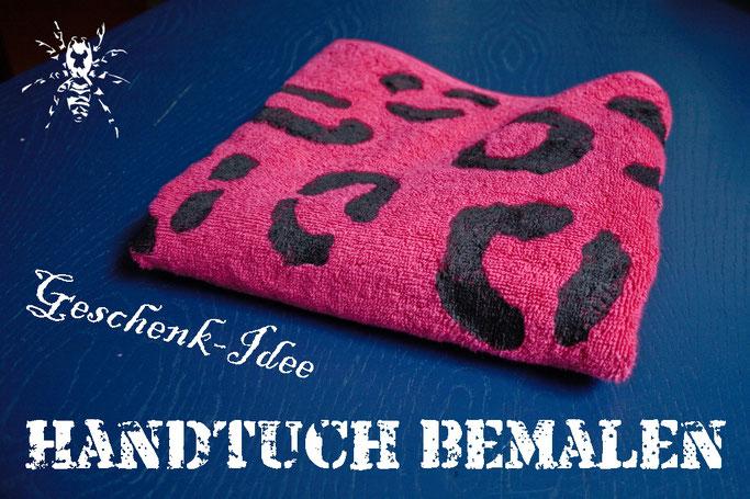 Bloggeburtstag - 5 Jahre Spidercave! - Wie du Handtücher bemalen kannst Geschenk-Idee - Zebraspider DIY Anti-Fashion Blog