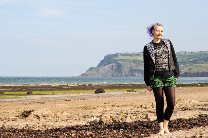 Robin Hood's Bay - Strandfotos und -Outfit - englischer Sommer - Zebraspider DIY Anti-Fashion Blog