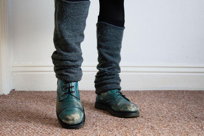 Arbeitsoutfit im englischen Sommer - Beinstulpen und Stiefel - Zebraspider DIY Anti-Fashion Blog