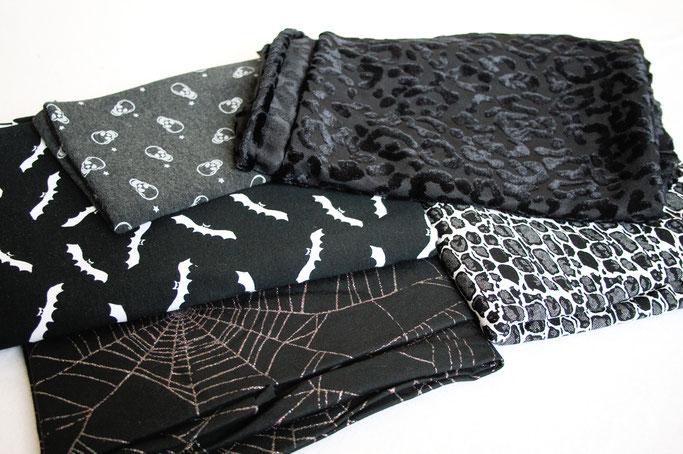 Arbeitstitel: Neue Klamotten 2018 - Gothic Stoffe für Miniröcke - Zebraspider DIY Anti-Fashion Blog