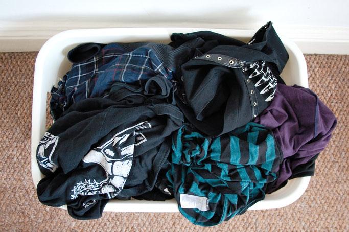 Wie wasche ich selbst genähte Sachen? - Wäschekorb - Zebraspider DIY Anti-Fashion Blog