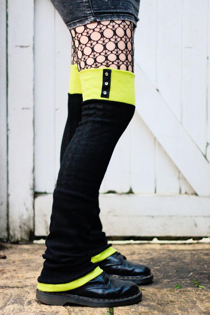 Die neuen Beinstulpen sind da! - Lime Green Eyelets - Zebraspider DIY Anti-Fashion Blog