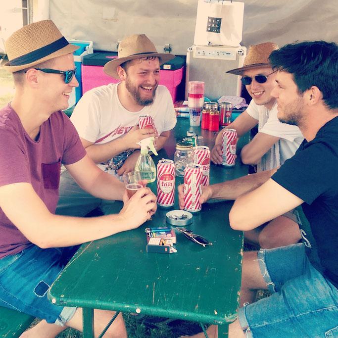 Blazing Waterloo - Bandausflug - Camping - Rock - Festival - Bonn - Rockfreunde Rengsdorf