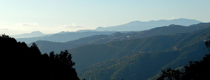 姫の沢公園より 大室山・矢筈山・遠笠山・天城連山