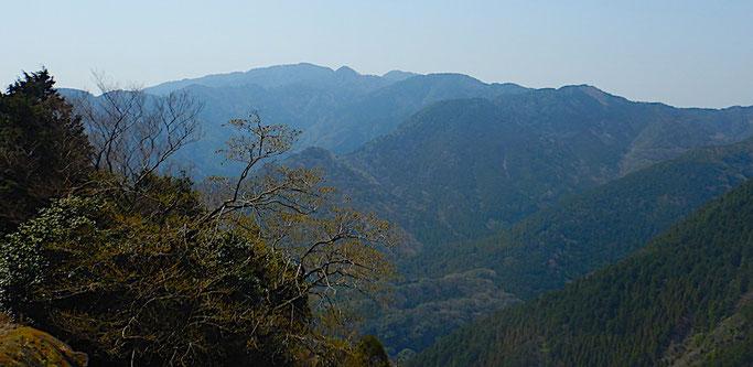 長九郎山と十郎左衛門