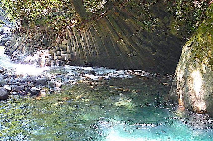 蛇滝の柱状節理