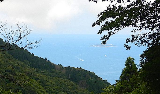 相模灘と初島