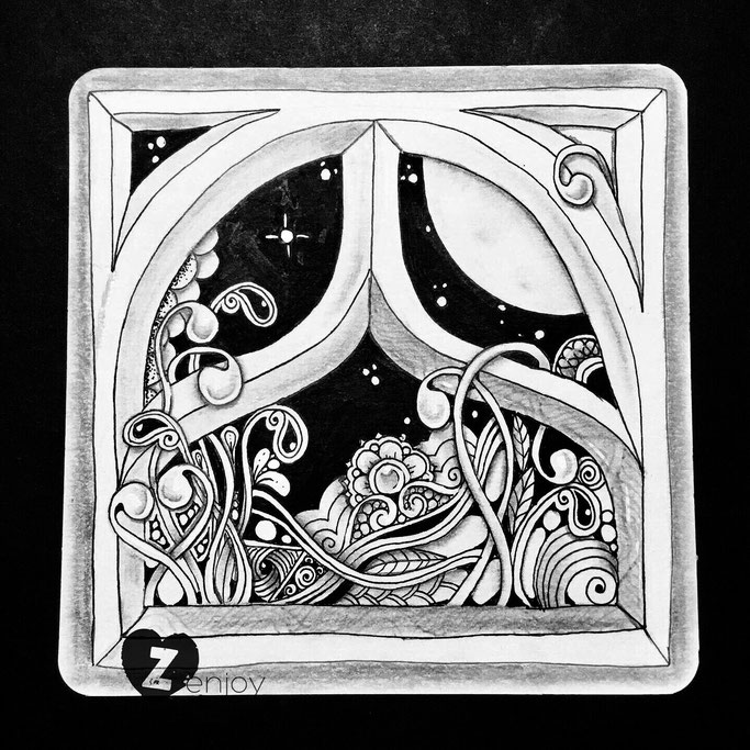finished fullmoon tile with window-string1 by Hanny Nura