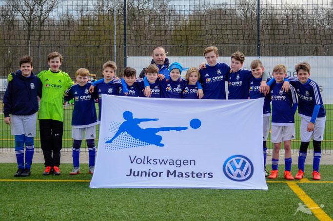 Volkswagen / Burdenski Events  – Phönix C-Lizenz Trainer Bastian Volz mit seinem D-Junioren Team