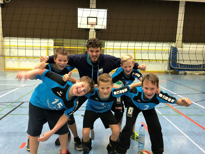 mU14 I 2018/2019 Nils, Tjalt, Silas, Philipp,  Linus (es fehlen Dominik und Paul), Trainer Louis Wieczorek