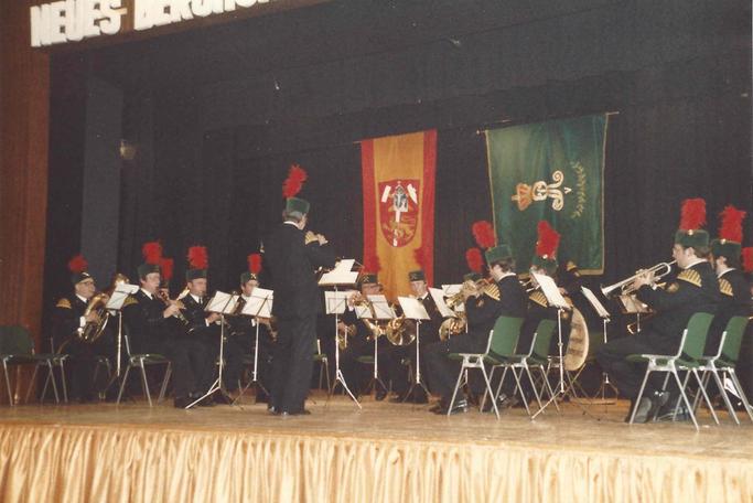 Auftritt beim 100-jährigen Jubiläum des Neuen Berghornisten-Corps 1983