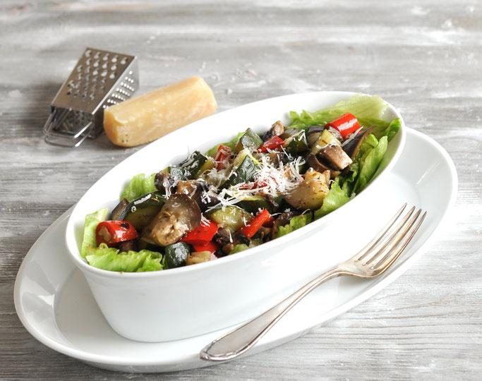 Erdbeer-Quark Dessert mit Schokostücken, Thermomix, vegan möglich
