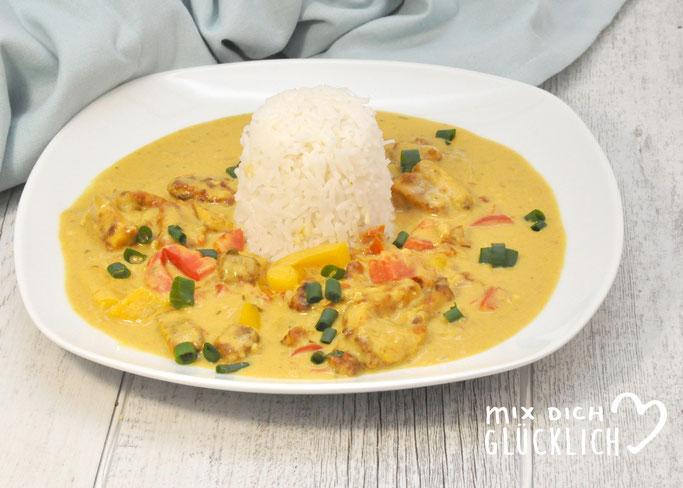 Curry mit Erdnuss und Paprika vegan vegetarisch mit Tofu oder für Fleischesser mit Huhn aus dem Thermomix zu Reis