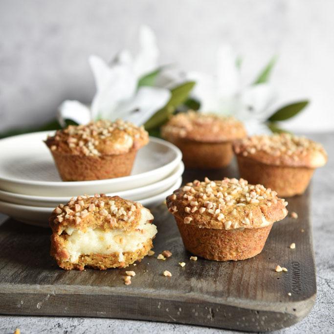 Karottenkuchen Muffins, Rübli Muffins, Carrot Cake Muffins, mit Käsekuchen Cheesecake Füllung, vegan machbar, Thermomix