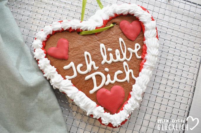 Lebkuchen Herzen selber gemacht vegan möglich aus dem Thermomix zum Oktoberfest oder zu Weihnachten oder Hochzeit