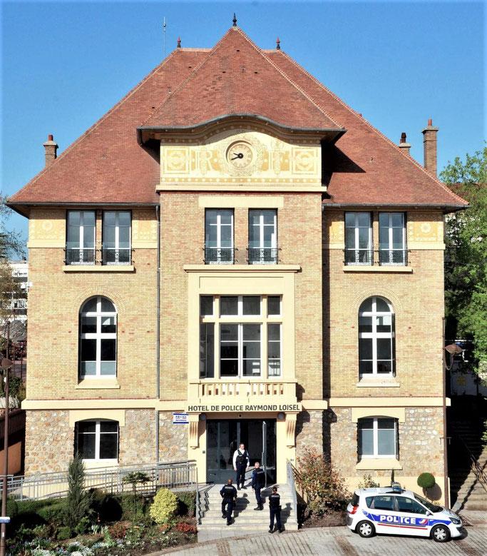 Photographie Bernard Rey - Mairie de Vélizy-Villacoublay.