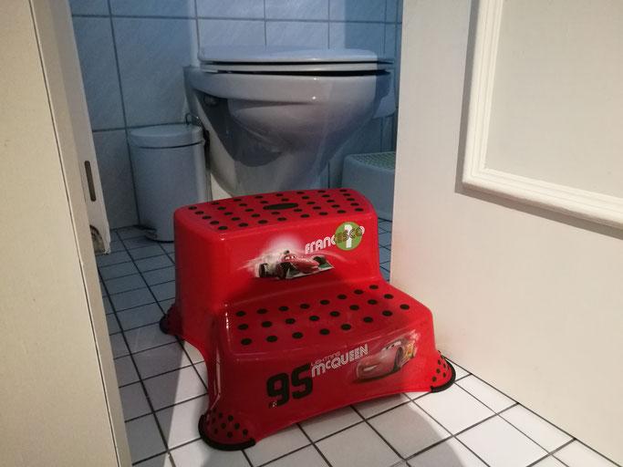 Elternalltag: Glück und Tränen auf der Toilette