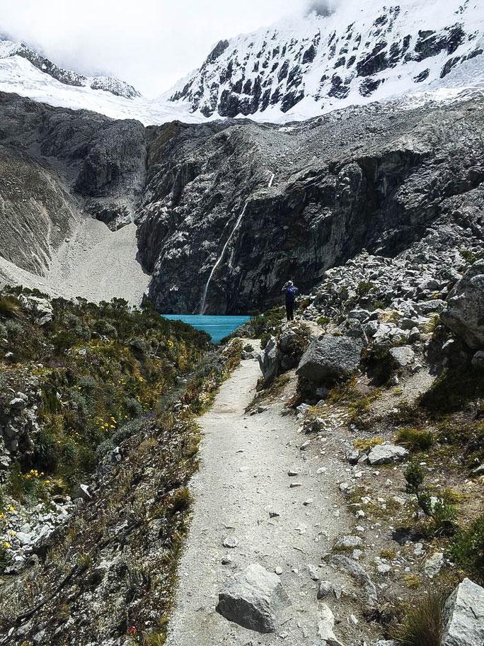 Hike Laguna 69