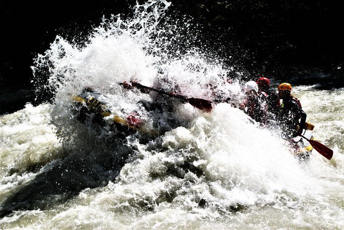 Rafting-Tour mit der Gruppe Mario S. aus Stuttgart. Unser günstiges Angebot für Sie: IMSTER-SCHLUCHT € 45,--