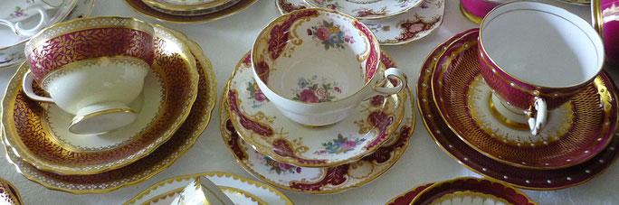Eine Auswahl von feinem englischen Porzellan erhältlich bei Saras Corner.