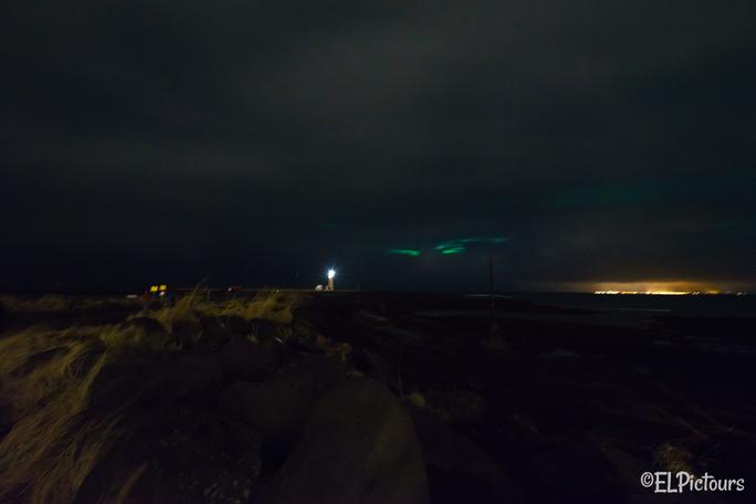 Leuchtturm Grótta mit Nordlichtern