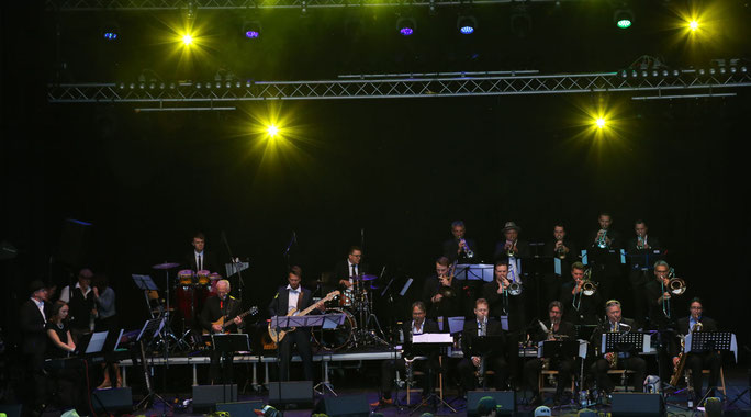 Die ultimative Brass Band Bodensee Oberschwaben gibt sich die Ehre mti special Guests