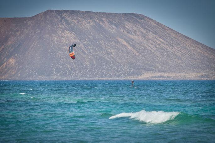 Kitefoilen in Corralejo