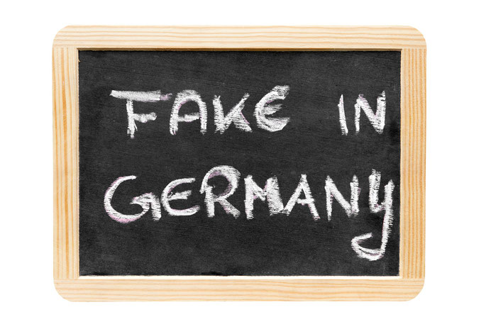 Schild Fake in Germany; Detektiv Frankfurt Main, Privatdetektiv Frankfurt am Main