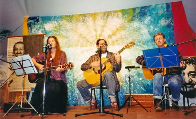 June 2001 - Avatar's Abode Anniversary, Queensland ;  Photo taken by George Fricker